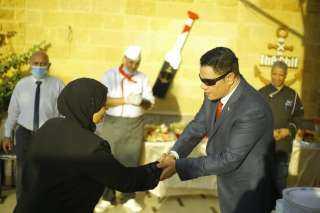 بالصور..المغازى يكرم اسر شهداء الجيش والشرطة بمناسبة ذكرى أكتوبر