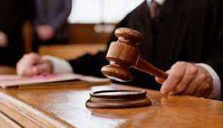 جنح سوهاج تقضى بالحبس 6 أشهر وغرامة 500 جنية لمدرسة دهست عاطلا بسيارتها